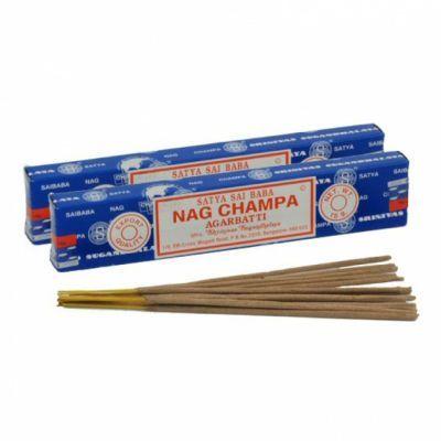Incienso Agarbatti 15 gr. (15 varillas) Nag Champa